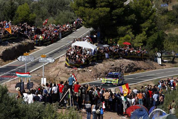 Este puede que se el último año que los aficionados puedan presenciar el paso de los WRC en el famoso cruce del Molar