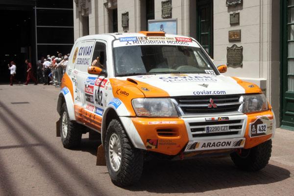 El equipo aragonés culminó los trámites administrativos y técnicos previos a la salida del dakar 2010