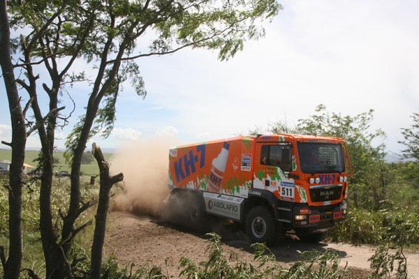 El camión del KH7 Epsilon Team en plena acción