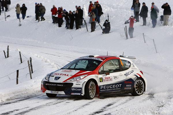 El francés está haciendo un buen rallye al mando del Peugeot 207 en esta complicada prueba