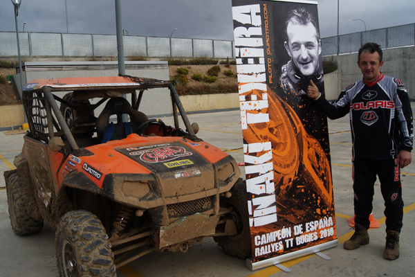 Iñaki celebró el título nacional a falta de una carrera