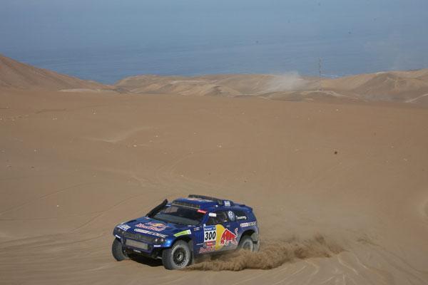 Carlos Sainz y Lucas Cruz rumbo a Antofagasta