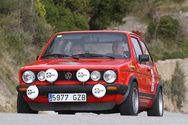 Al volante de un Volkswagen Golf López-Peradalta se hicieron con la clase H
