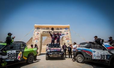 Pharaons15_Podium_cars podium_3040_ps