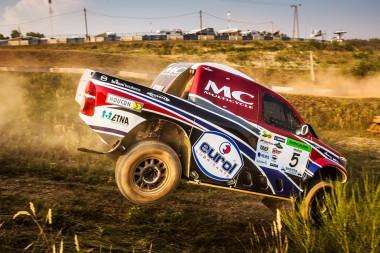 Bernhard Ten Brinke en route to 2nd in Hungarian Baja with Overdrive Racing.