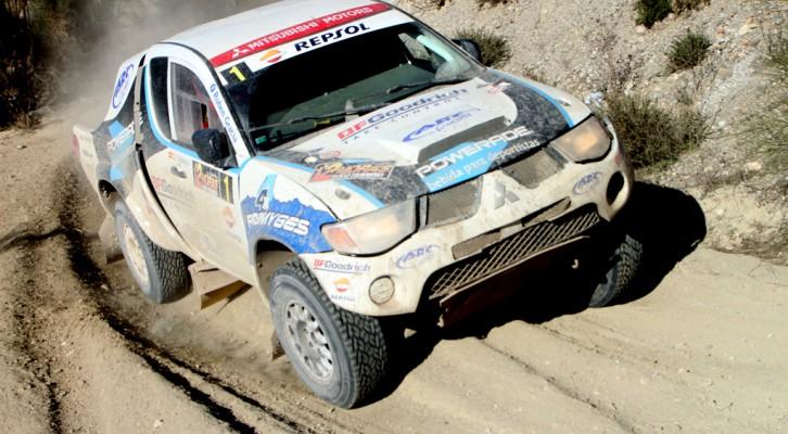 Rubén Gracia revalida en Almería el Campeonato de España de Rallyes TT