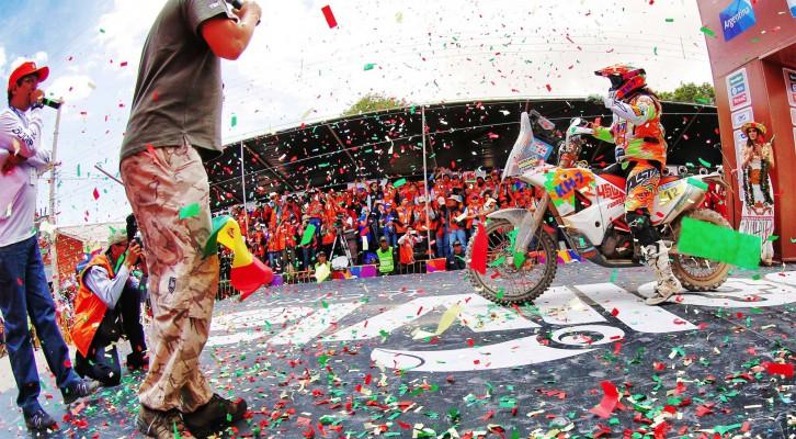 Laia Sanz termina en el top 15 su sexto Dakar