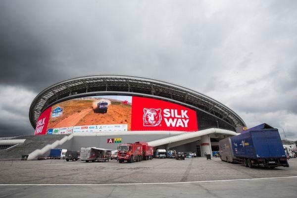 Silk Way: Peugeot y Renault se adjudican la etapa prólogo